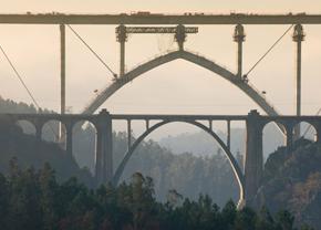 Vídeo explicativo del nuevo viaducto sobre el río Ulla, en el AVE Madrid-Galicia
