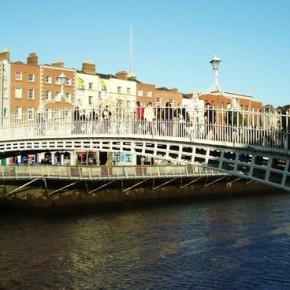 Ha'penny-Bridge-dublin-foto