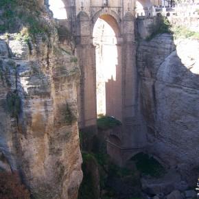 Puente de Ronda aguas arriba