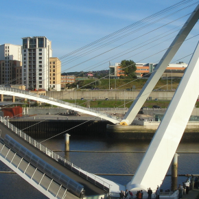 Puente Gateshead Millenium Bridge