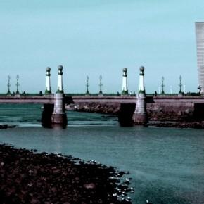 Puente de la Zurriola (FUSIONAR CON EL QUE YA HAY)