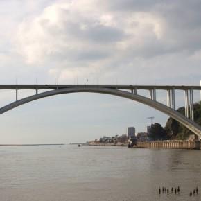 Puente de Arrábida Oporto