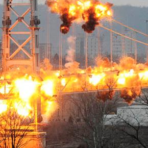 Vídeo de la demolición del Fort Steuben Bridge