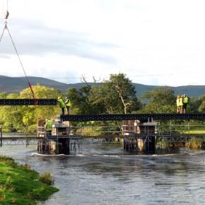 Puente de plástico reciclado de Dawyck Estate