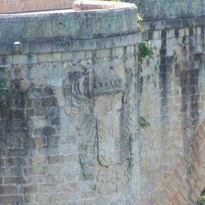 Puente-Almaraz-Escudo-y-boquilla-ojival-7