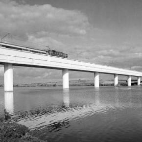 Puente del ferrocarril Sevilla-Huelva