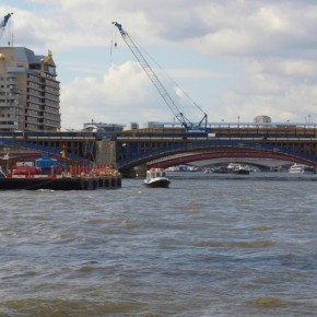 Puente ferroviario Blackfriars Londres bridge
