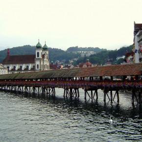 Puente-Kapellbrucke-Lucerna-3