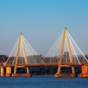 Puente Internacional San Roque González de Santacruz