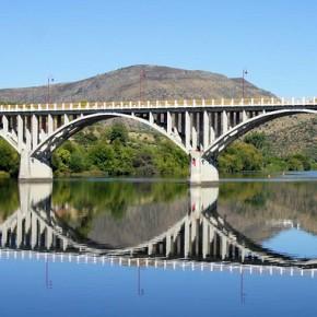 Puente Almirante Sarmento Rodrigues