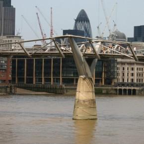 Pasarela Millennium, Londres (fotografía de Thierry Lacroix)