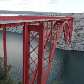Puente viejo de Maslenica