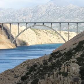 Puente nuevo de Maslenica